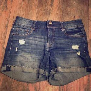 Vanilla Star Mid rise jean shorts